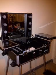 nyx x large makeup artist train case