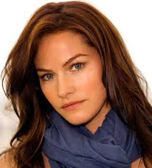 Kelly Overton profile, movies, age, wallpapers & twitter comments