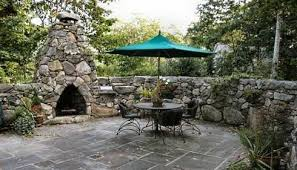 stone or rock fireplace designs
