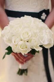 صور اجمل باقات الورد الابيض باقات ورد جوري ابيض ورود لاصحاب