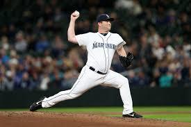 San Diego Padres add bullpen depth with Adam Warren