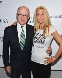 NY Jets owner Woody Johnson and wife Suzanne Johnson. 💚🏈💚   Ny jets,  Wife, Jet