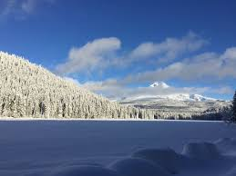 """The Oregonian on Twitter: """"#TrilliumLake covered in snow & frozen over,  with #MountHood in distance. Great photo by Adam Brogden from Dec. 10th.…  https://t.co/wZXWQ5xZlL"""""""