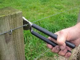 Stockade Staplemate Staple Puller Fence Tool Fencefast Ltd