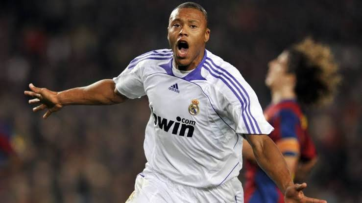 Image result for Julio Baptista Real Madrid""