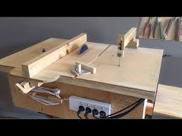 Making A Homemade Table Saw Fence Router Table Fence Tezgah Testere Paralellik Mesnedi Youtube Jigsaw Table Diy Table Saw Homemade Tables