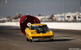 drag race parachute race car drag strip