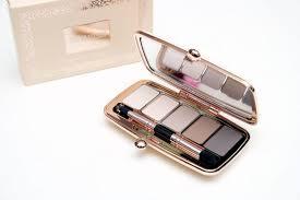 makeup revolution renaissance palette