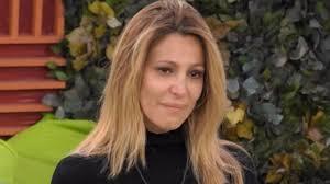Grande Fratello Vip: il messaggio della produzione per Adriana Volpe