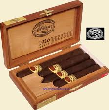 gifts for cigar smokers