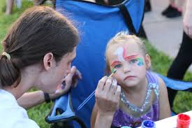 Trunk or Treat': Realty Pros hosts community appreciation movie night - Abby  Bowman gets her face painted at Realty Pros' Community Appreciation  Night on Friday, Oct. 5. Photo by Jarleene Almenas |