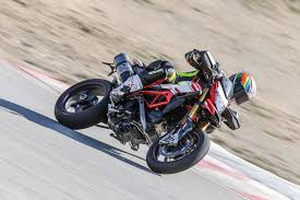 ducati hypermotard 939 review