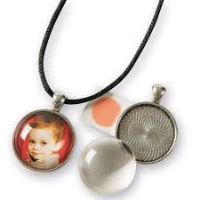 personalized pendants at s s worldwide