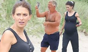 Pregnant Hilaria Baldwin hits up the beach with husband Alec Baldwin in the  Hamptons | Daily Mail Online