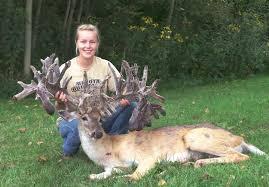 High Fence Deer Hunting Ohio Dakota Outfitters