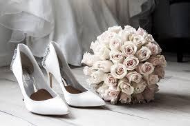 اجمل صور بوكيه ورد لاعياد الميلاد وللأحبه Wedding Heels Wedding