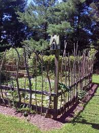 30 Garden Projects Using Sticks And Twigs Cheap Garden Fencing Fenced Vegetable Garden Garden Fence