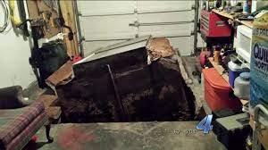 storm shelter lifts out of garage