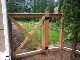 Cedar Welded Wire Fence Hog Wire Taylorhoit Com Chicken Wire Fence Hog Wire Fence Welded Wire Fence