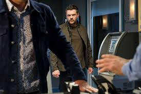 Charlie Weber on Frank's tipping point ...