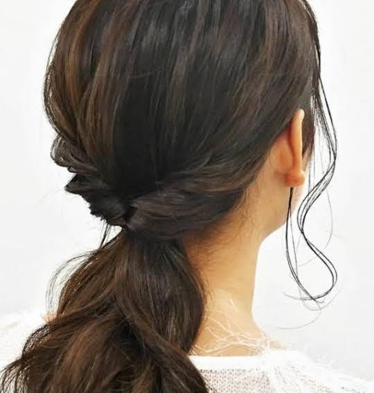 お通夜 髪型 女性 ロング