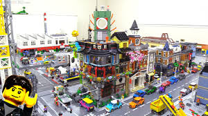 Ninjago City 70620 vs. LEGO Creator modular buildings