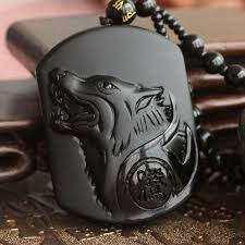 wolf head pendant necklace