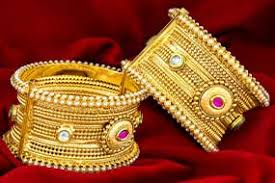 artificial jewellery imitation