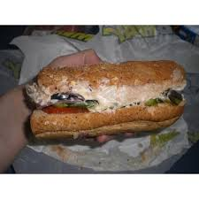 subway tuna sandwich reviews in fast