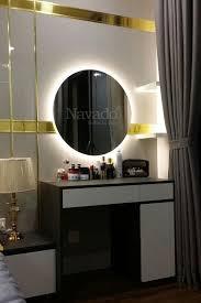 Gương tròn đèn led hắt màu vàng sang trọng treo bàn trang điểm   Gương, Bàn  trang điểm, Đèn led