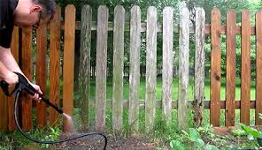 How To Use A Power Washer On Wood Fence