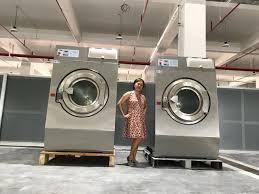 Sử dụng máy giặt công nghiệp đế mềm trong trường hợp nào?