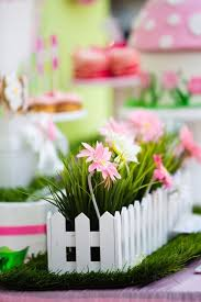 Table Centerpiece Picket Fence Also Could Use Butcher Paper To Make A Fence On Stage Garden Party Birthday Butterfly Garden Party Butterfly Party