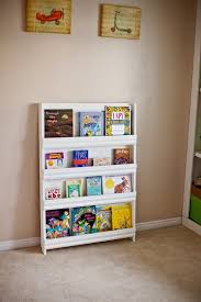 Tidbits From The Tremaynes Switching Teams Bookshelves Diy Bookshelves Kids Book Display Shelf