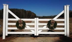 9 Ambrosial Garden Fence Barrier Ideas 9 Surprising Tips Backyard Fence Decor Ambrosial Backyard Barrier In 2020 Farm Entrance Farm Gate Ranch Entrance Ideas
