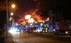 Francia, incendio ad alto rischio nell'impianto chimico di Rouen ...