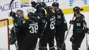 Aaron Dell lifts Sharks to big win vs. Canucks, earns another start