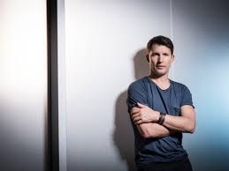 James Blunt has released his brand new single 'Bartender' - Listen | XS  Noize | Online Music Magazine