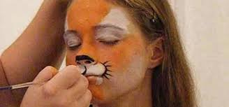 how to do tiger face paint in two