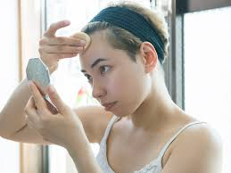 how to apply makeup to conceal acne