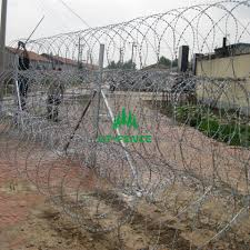 China Pricelist For Iron Border Fence Concertina Wire Hangtong Factory And Manufacturers Hangtong