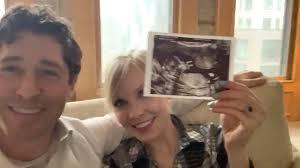 Minneapolis Mayor Jacob Frey Expecting First Child – WCCO | CBS Minnesota