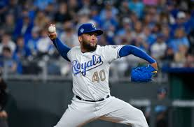 KC Royals: This isn't the time to pursue Kelvin Herrera