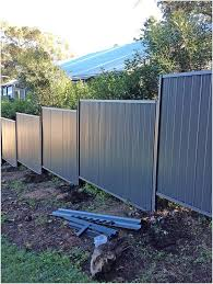 Colorbond Fence Installation On Uneven Sloped Landscape Perth Trade Centre