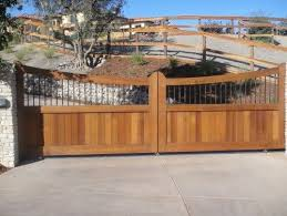 Here Is A Wood And Metal Driveway Gate Metal Driveway Gates Wooden Gates Driveway Wood Gates Driveway