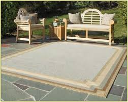 choose outdoor carpet tiles style