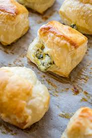 puff pastry spinach cheese bites