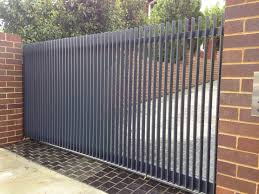 7 Well Hacks Modern Fence Color Fence And Gates Decor Interior Fence Design Fence And Gates Decor Black Fence Entrance Fence Design Modern Fence Metal Fence