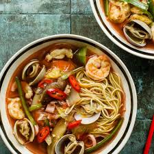 Spicy Korean-Chinese Seafood Soup ...