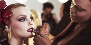 4 top beauty insram accounts to